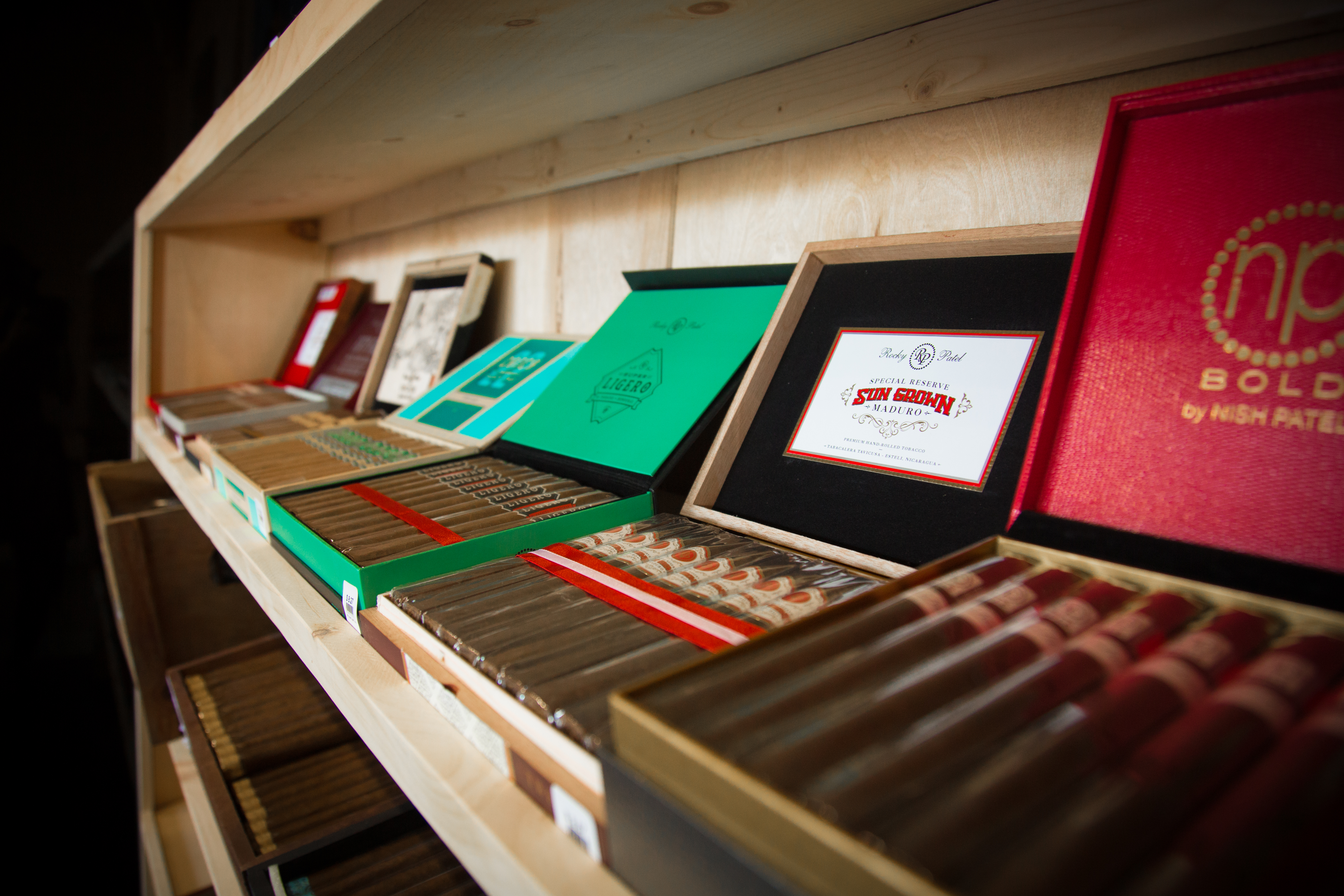 Market Common Cigar Shop